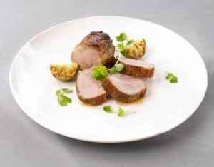 Prøv også Gilde svinenakke med koriander og ingefær.
