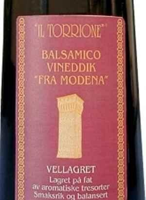 Prøv også Il Torrione Balsamico Vineddik lagret.