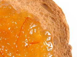 Prøv også Marmelade, 25 % appelsin, 65 % sukker.