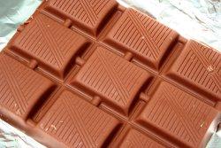 Prøv også Kokesjokolade, lys.