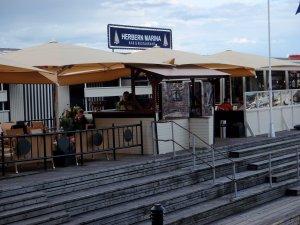 Bes�k Herbern restaurant